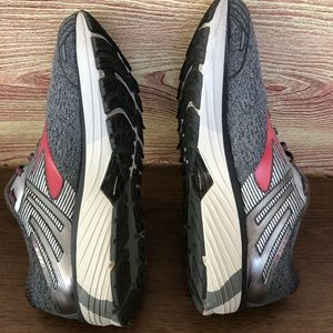 Brooks Shoes - BROOKS ADRENALINE GTS 18 SZ 11